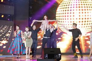 lien-hoan-phim-viet-nam-19-san-khau-1-showbizvn-2122015-1