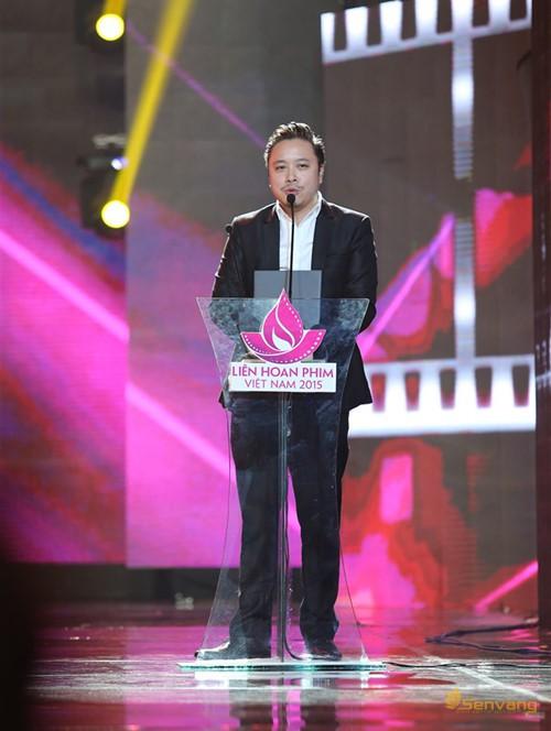 Đạo diễn Victor Vũ giành giải Đạo diễn phim điện ảnh xuất sắc nhất, và Bông sen Vàng