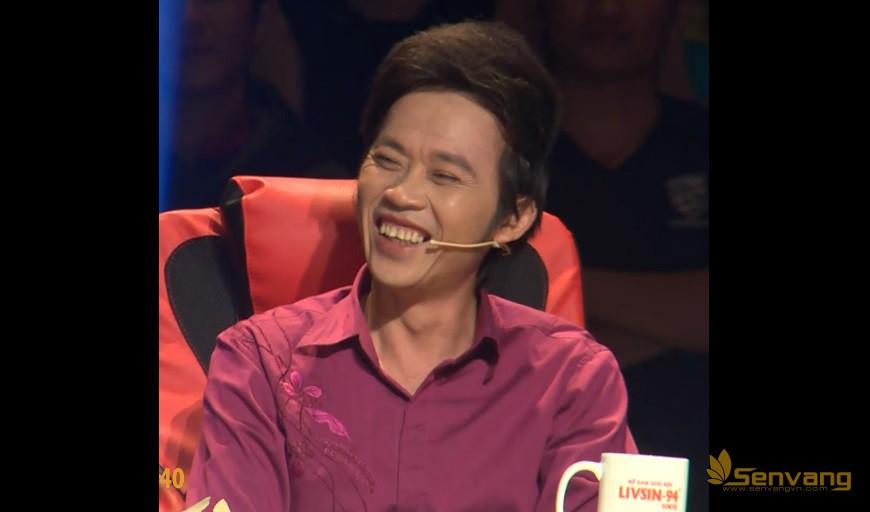 Trước lời trêu ghẹo của Hữu Quốc, Hoài Linh cười khoái chí còn Quang Linh sẽ phản ứng ra sao