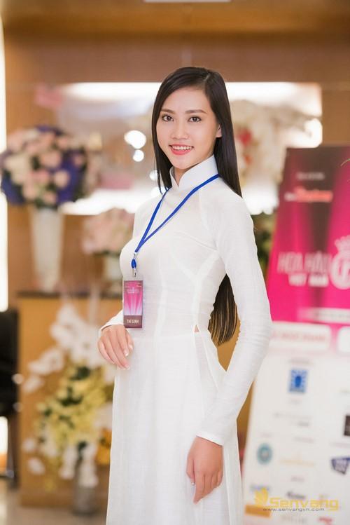 2. Thuỳ Trang 2 (Copy)
