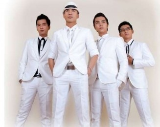 8 Nhom FM