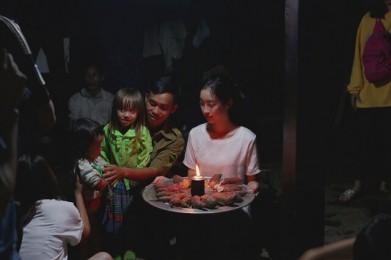 Hoa-hau-My-Linh-6
