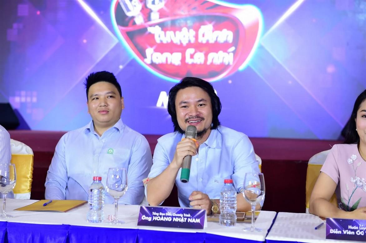 Huan-luyen-vien-Tuyet-dinh-song-ca-nhi-2018-hop bao (7)